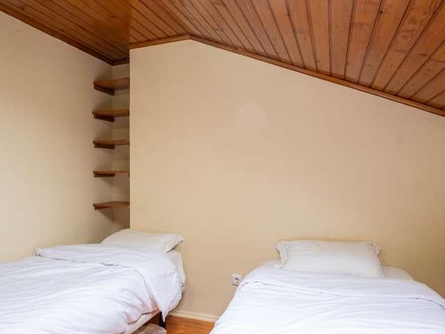 Quarto para alugar em apartamento de 6 quartos, Graça, Lisboa