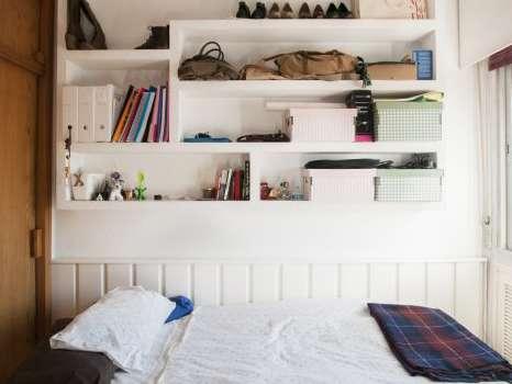 Sunny room in shared apartment in Arganzuela, Madrid