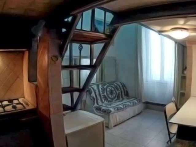 Monolocale con soppalco in affitto nel centro di Roma