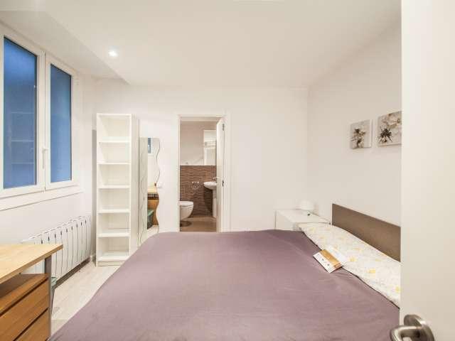 Zimmer in 4-Zimmer-Wohnung in Almagro & Trafalgar, Madrid