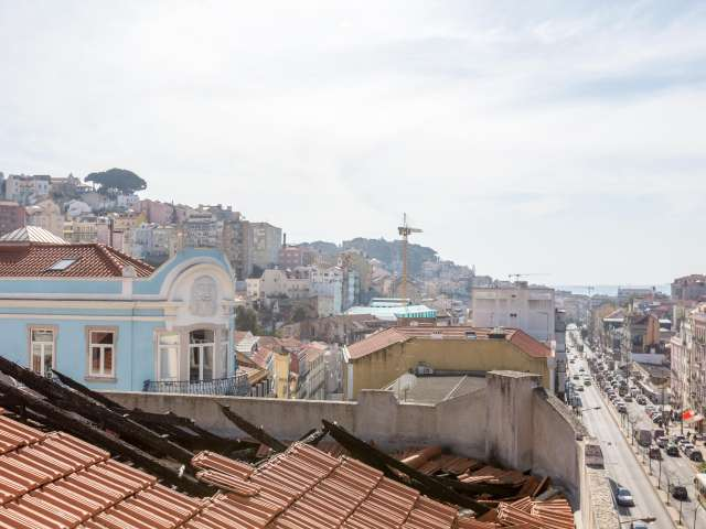 4-bedroom apartment for rent in Arroios in Lisbon