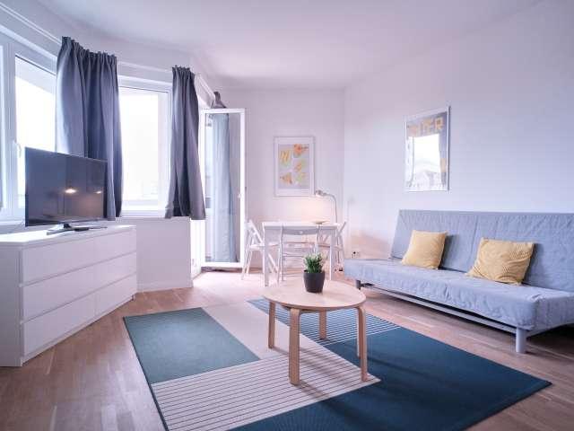 Studio-Apartment zu vermieten in Halensee, Berlin