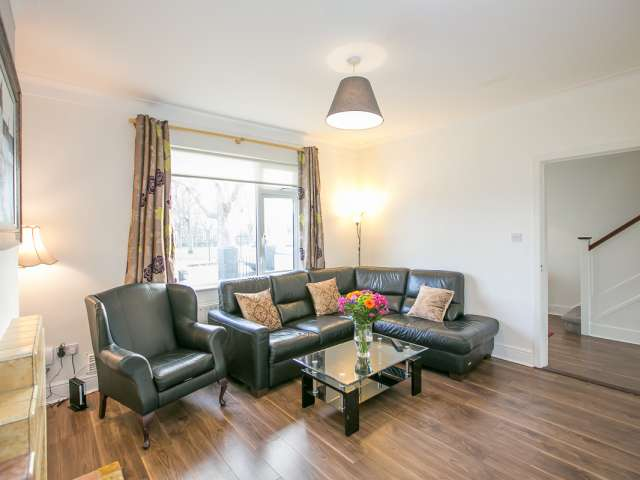 Serviced 3 Bed Apartment for Rent in, Phibsborough  Dublin 7