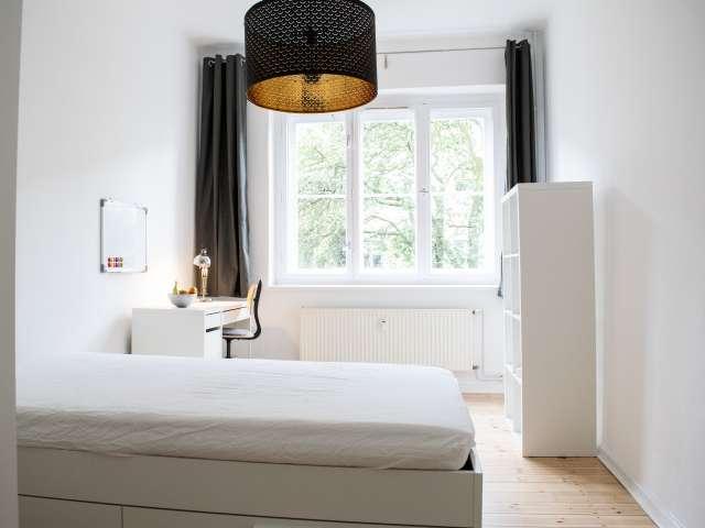 Gemütliches Zimmer in Wohnung mit 2 Schlafzimmern in Pankow, Berlin