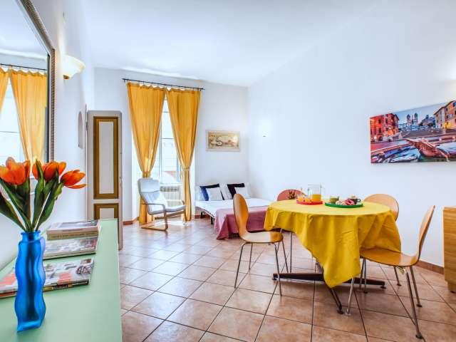 Colorato appartamento con 2 camere da letto in affitto a Termini, Roma