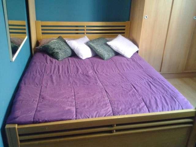 Cosy room in 4-bedroom apartment in Poblenou, Barcelona