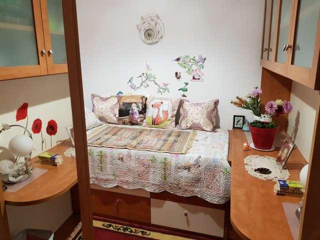 Cozy room for rent in Sant Andreu, Barcelona