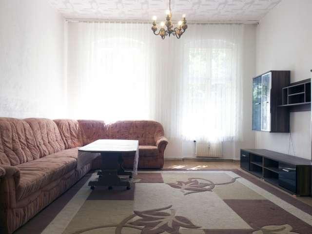 Sunny apartment with 2 bedrooms for rent - Kreuzberg, Berlin