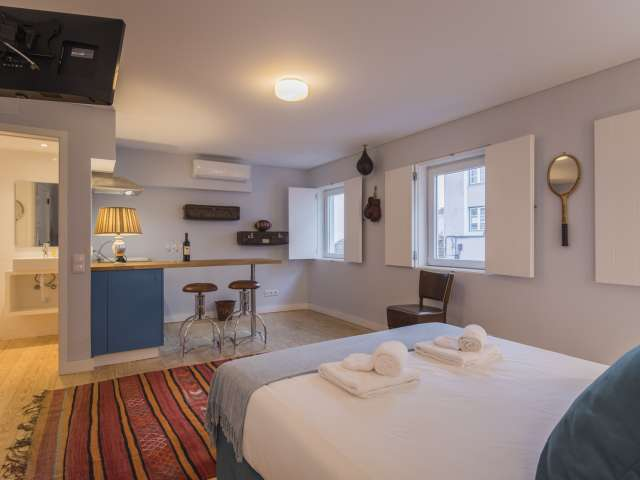 Great studio apartment for rent in Lapa, Lisbon
