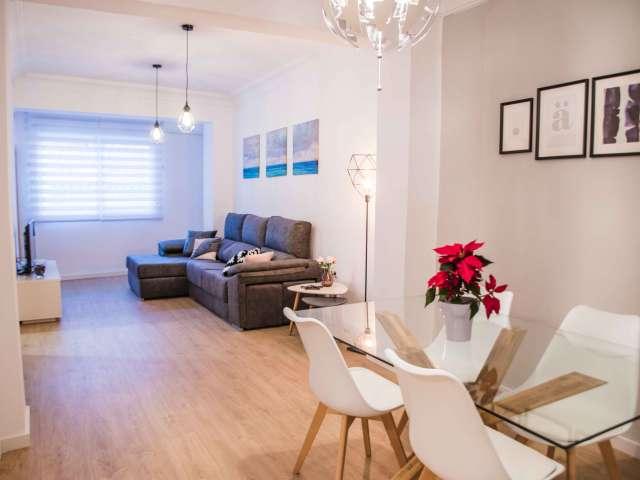 Stylish 3-bedroom apartment for rent in La Saïdia, Valencia
