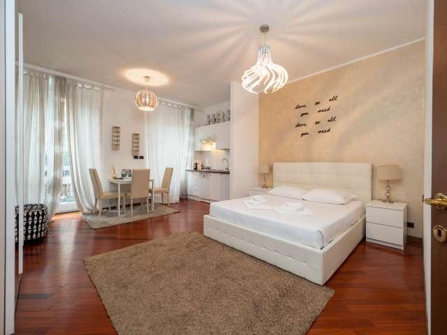 Elegant studio apartment for rent in Porta Venezia, Milan