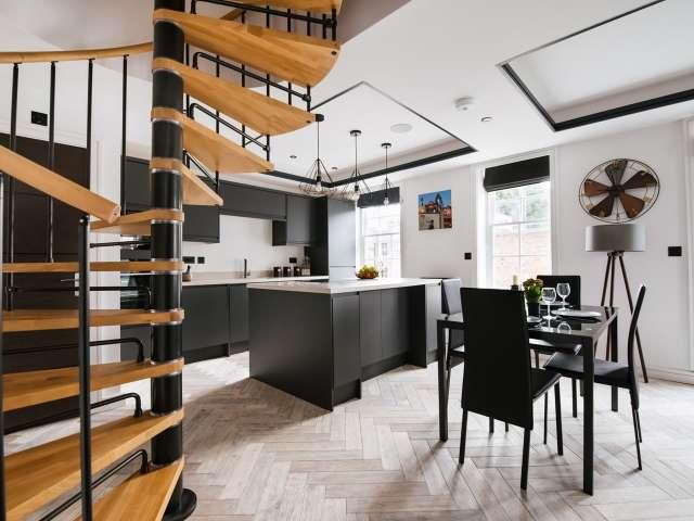 Stylish 3-bedroom flat to rent in Islington, London