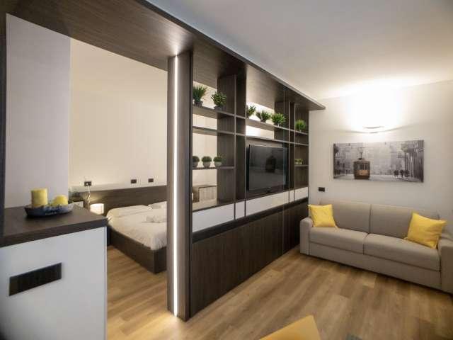 Quiet studio apartment for rent in Brera, Milan