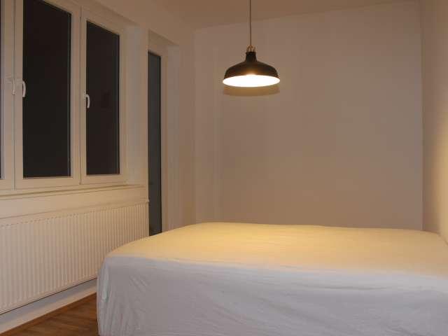 Helles WG-Zimmer in Wohnung in Friedrichshain-Kreuzberg, Berlin