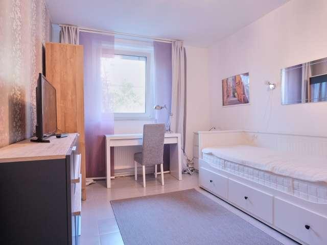 Schönes Zimmer zu vermieten in Bohnsdorf, Berlin