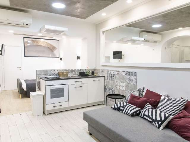 Modern studio apartment for rent in Centro Storico, Rome