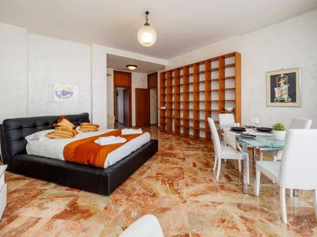 Grande 1 camera da letto in affitto a Ticinese, Milano