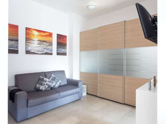 Studio apartment for rent in Ticinese, Milan