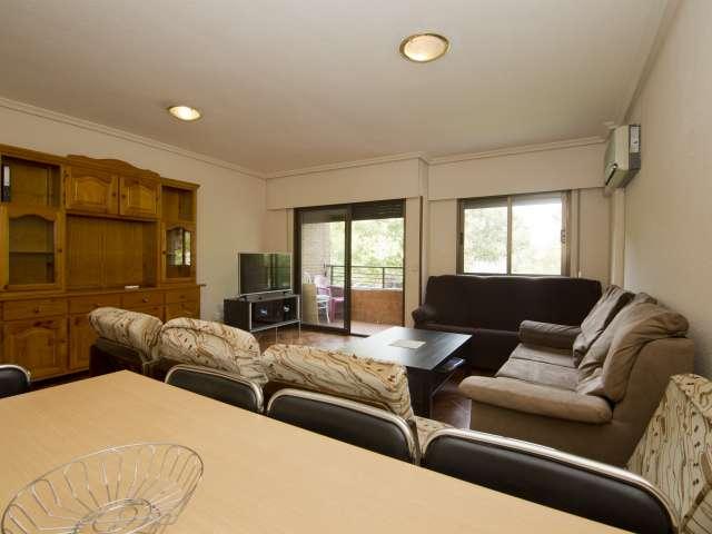 Large 5-bedroom apartment for rent in Villaviciosa de Odón