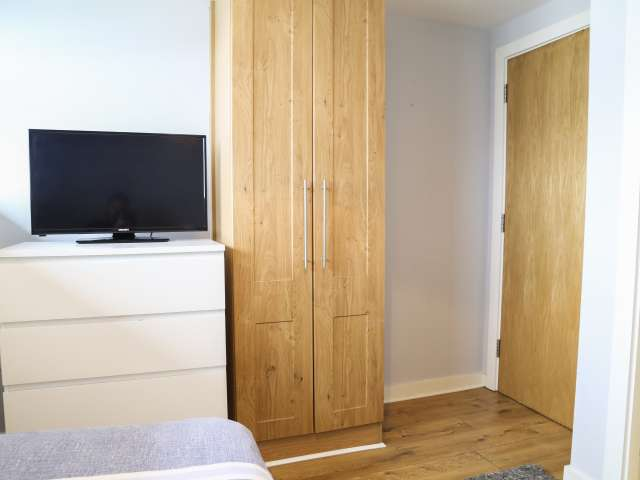 Room for rent in 2-bedroom apartment in Tallaght, Dublin
