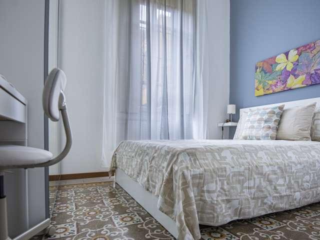 Stanza in affitto in appartamento con 2 camere da letto a Porta Romana, Milano