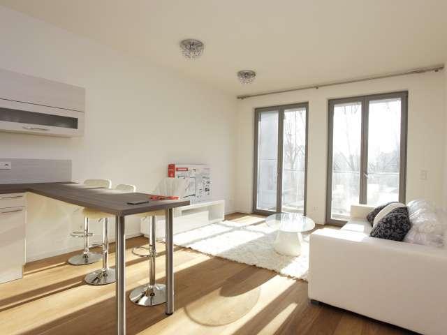 2-Zimmer-Wohnung mit Balkon zu vermieten in Mitte, Berlin