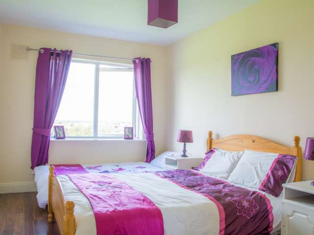 Huge room in shared apartment in Clondalkin, Dublin