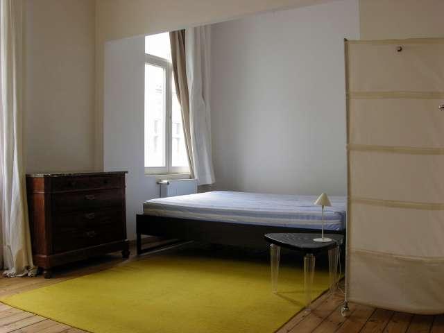Appartement studio lumineux à louer à Schaerbeek - Bruxelles