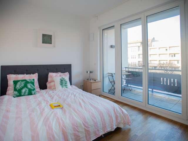 Zimmer zur Miete in Wohnung in Charlottenburg-Wilmersdorf