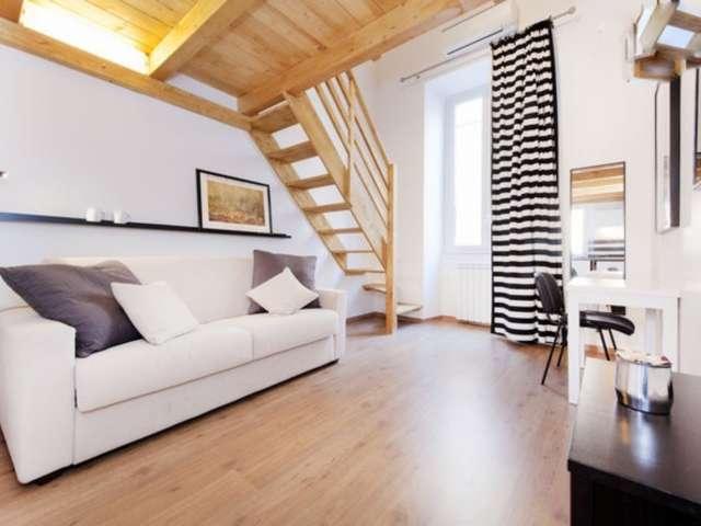 Sunny duplex apartment for rent in Centro Storico, Rome