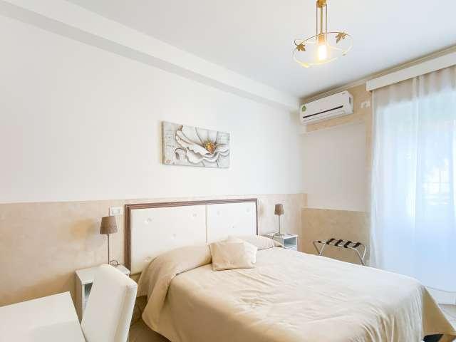 Se alquila habitación espaciosa en apartamento de 3 dormitorios en Ostiense