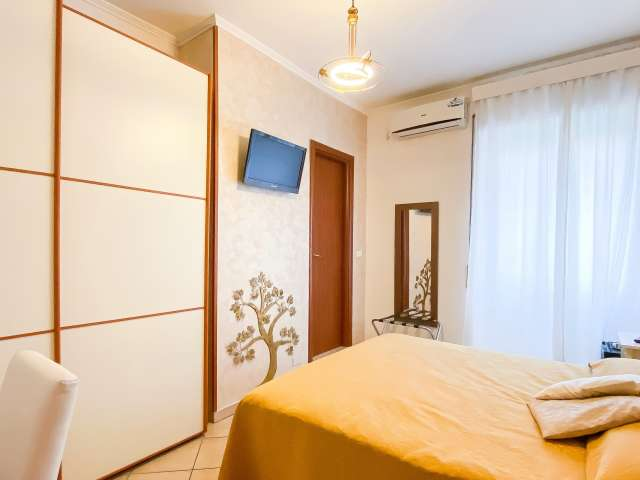 Se alquila habitación luminosa en apartamento de 3 dormitorios en Ostiense