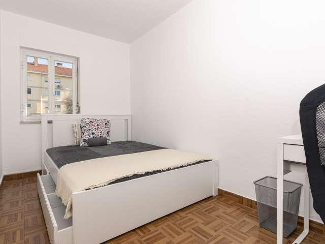 Quarto em apartamento compartilhado em Lisboa