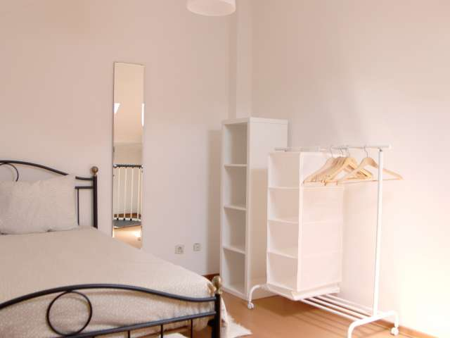 Cozy 1-bedroom house for rent in Alcântara, Lisboa