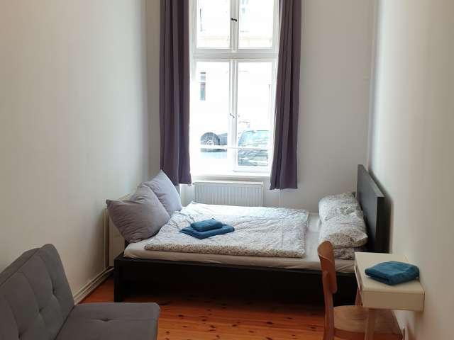 Ganze 2 Schlafzimmer Wohnung in Berlin