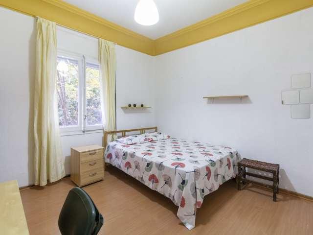 Luminous room in shared apartment in Cuatro Caminos, Madrid