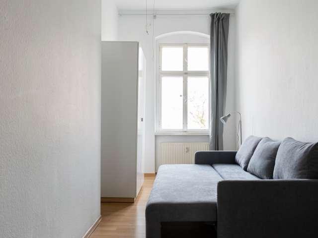 Einzelzimmer zur miete in wohnung mit 4 schlafzimmern, kreuzberg