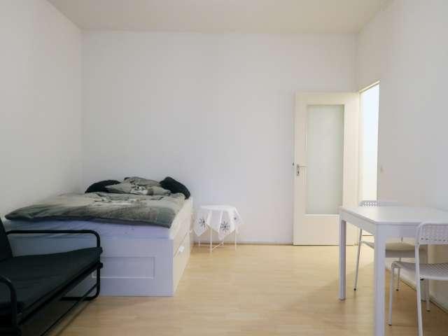 Möbliertes Studio-Apartment zur Miete in Neukölln, Berlin