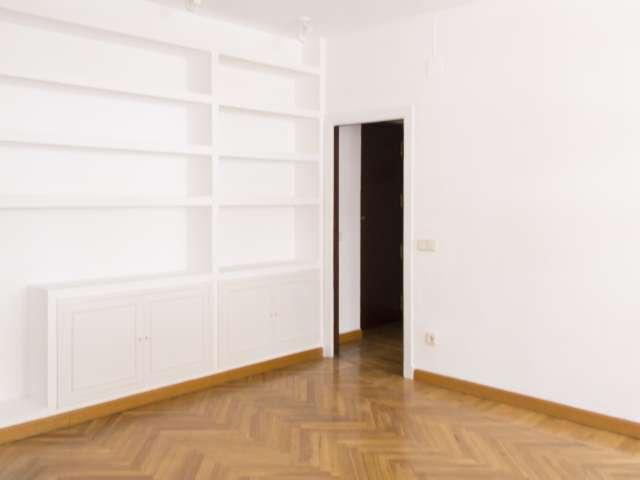 Süßes 1-Schlafzimmer zu vermieten in Nueva España, Madrid