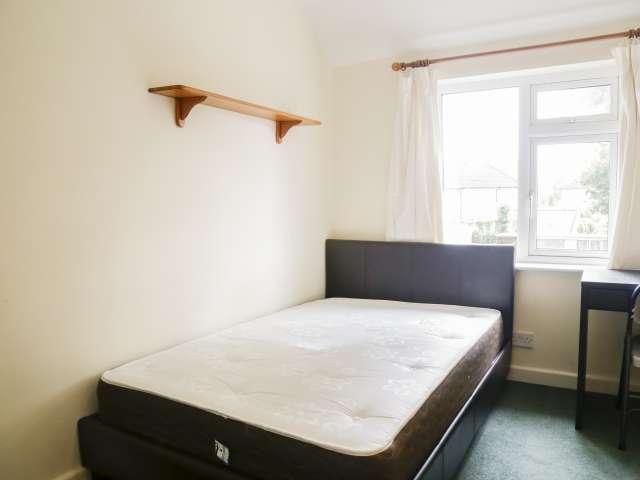 Cozy room in 3-bedroom houseshare in Harold's Cross, Dublin