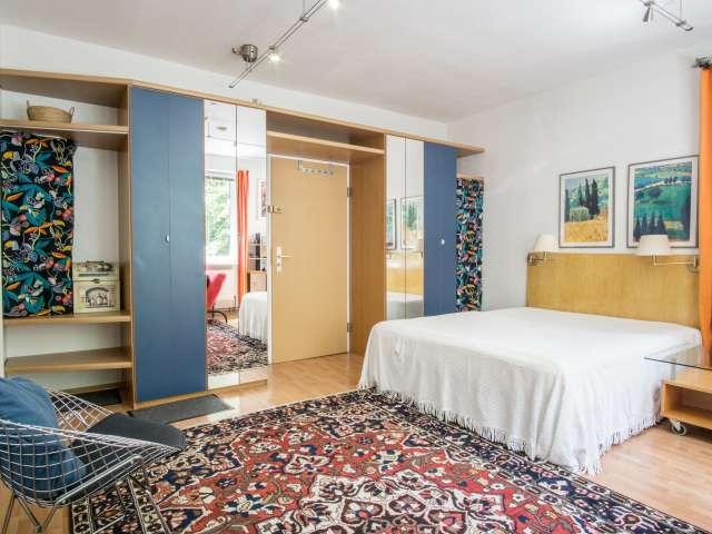 Bunte 1-Zimmer-Wohnung zur Miete in Schöneberg, Berlin