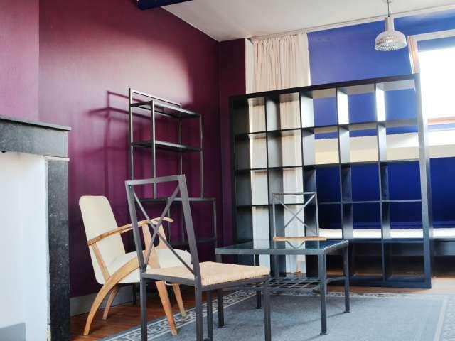 Élégant studio à louer avec velux à Forest, Bruxelles