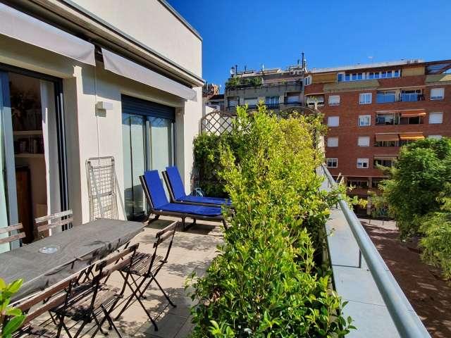 Whole 2 bedrooms apartment in Barcelona