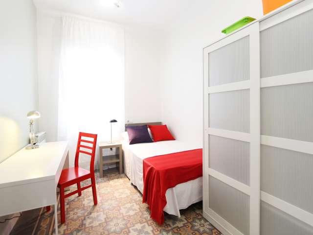 Außenzimmer in 4-Zimmer-Wohnung, Cuatro Caminos, Madrid
