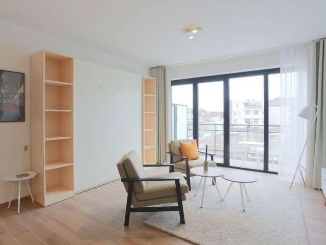 Studio avec terrasse à louer à Auderghem