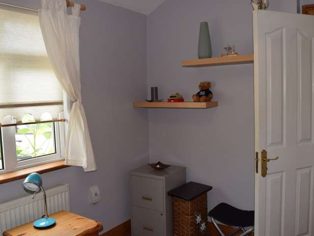 Ample room in shared apartment in Clondalkin, Dublin