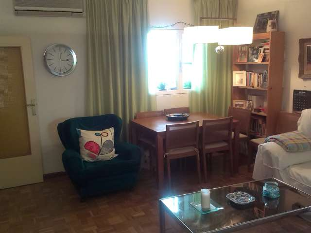 Furnished room in apartment in Mozcardo and Usera, Madrid