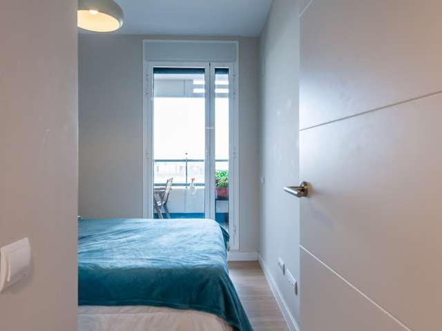 Room for rent in shared apartment in Sant Martí, Barcelona