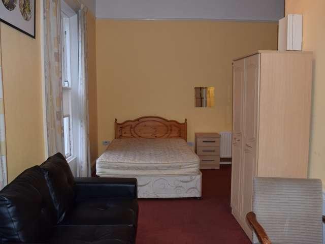 Cosy studio apartment for rent in Rathgar, Dublin