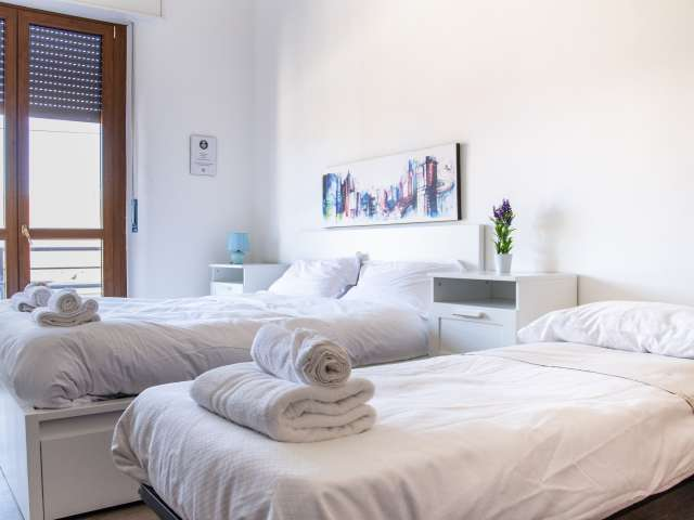 Room for rent in apartment in Stazione Centrale, Milan